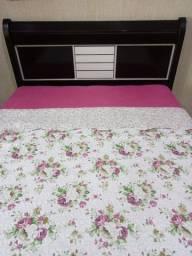 OPORTUNIDADE!!! Uma ótima cabeceira para cama tamanho QUEEN!