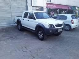 L200 outdoor branca
