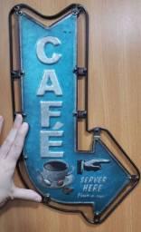 Placa de metal café retrô