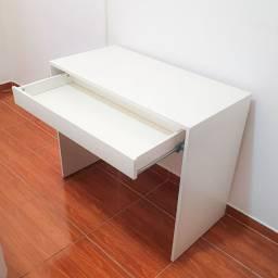Escrivaninha / Penteadeira com gaveta (90 x 45 x 75 cm)