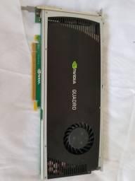 Placa de Vídeo NVidia Quadro 4000