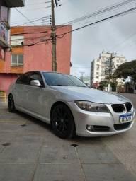 BMW 320 IA 2011 impecável