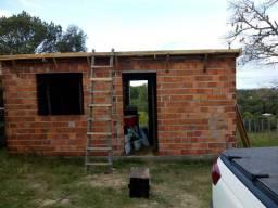 Terreno 12x45 casa 6x6 com 1 quarto 1 banheiro, sala e cozinha.