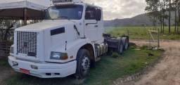 Conjunto Volvo 360 trucado e carreta ls graneleiro