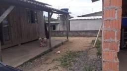 Vendo terreno com duas casas perto do Beto Carrero word