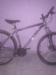 Bicicleta novinha uma semana de uso