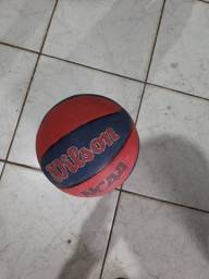 Bola Basquete Wilson  e Pênalti
