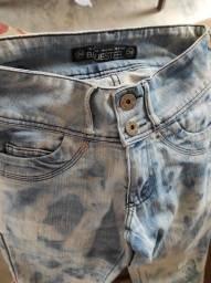 Calça jeans 34 bem conservada