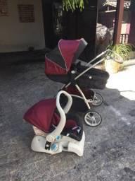 Carrinho Moisés com Bebê conforto
