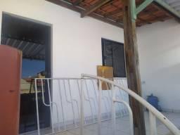 Casa(sobrado) com garagem