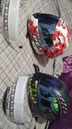 Vendo dois capacete peels usado estado de novo com duas viseira cada   400 os dois dois
