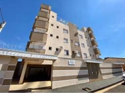 Cobertura para alugar com 3 dormitórios em Vida nova, Uberlandia cod:470300