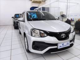Etios X Plus 1.5 Sedan Automático