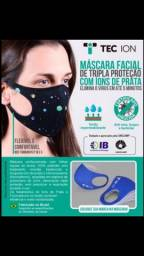 Máscara facial de tripla proteção