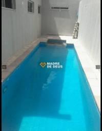 A casa está localizado no bairro José de Alencar MUITO LINDA!