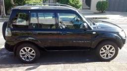 TR4 cor preta 2010 - 4x4 e cambio automático