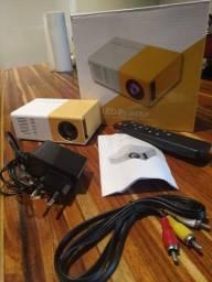 Mini Projetor Led Portátil Full Hd 600 Lumens Usb<br><br>