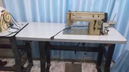 Máquina de Industrial de Costura e Bordar