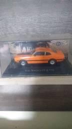 Vendo 4 carros miniatura carros insqueciveis
