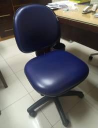 cadeiras usadas de escritório em excelente estado