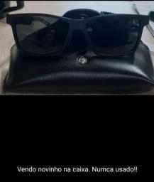 Título do anúncio: Óculos novinho na caixa