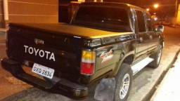 Toyota Hilux ano 2000 motor 2.8 - 2000