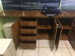 Kit Armário, mesa pequena e mesa grande