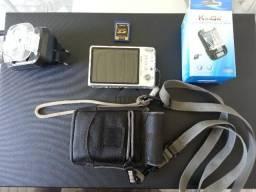 Máquina fotográfica (doação)