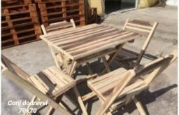 Mesas e cadeiras de madeira Ipê-Nova