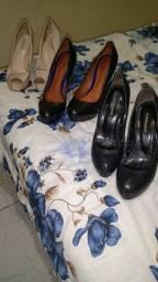 Vendo sapatos seme novos porém usado