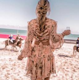 Vestido Boho Chic Babados, Decote e Trança Costas
