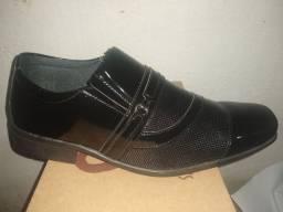 Sapato Masculino Preto Verniz Novíssimo. Frete grátis
