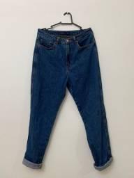 Calça Mom Jeans 42