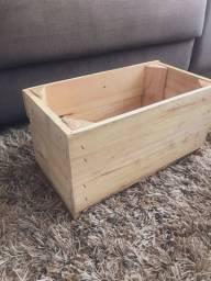 Caixa / Caixotes de madeira Pinus (7 unidades)