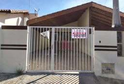 Casa com 3 dormitórios para alugar, 100 m² por R$ 1.100/mês - Vila Santo Antonio - Iperó/S