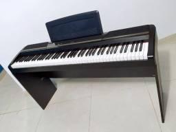 12x R$ 241 crédito s/ juros - Piano Digital Korg SP 170s completo!
