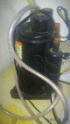 Mini compressor de ar..encher pneu de carro 60,00