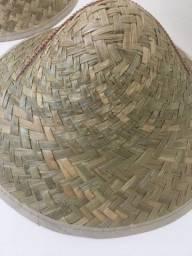 kit com 2 chapéus de palha vietnamita japonês!!! nunca usado!! cone