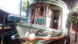 Barco pronto pra trabalhar