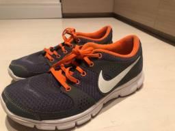 Tênis Nike Running 39