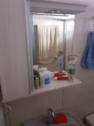 Vende se armarinho de banheiro