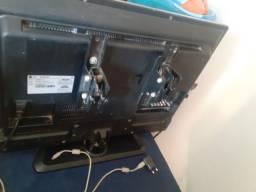 Televisão LG 32 c/controle 600,00