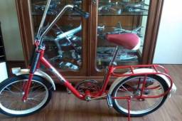 Bicicleta antiga berlineta