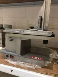 Fatiador de alimentos/ cortador de frios automatico Poli