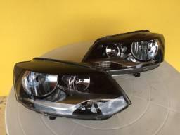 Par de faróis VW Fox 2010-2014