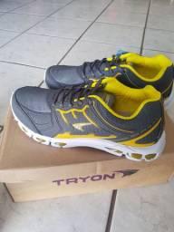 Lindo tênis esportivo Tryon n 39