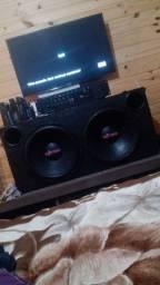 Caixas de som e amplificador