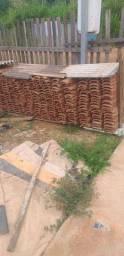 Meio milheiro de telhas por apenas 200,00 dependendo do local entrego