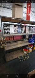 Prateleira para estoques de lojas