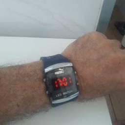 Relógio Digital LED.